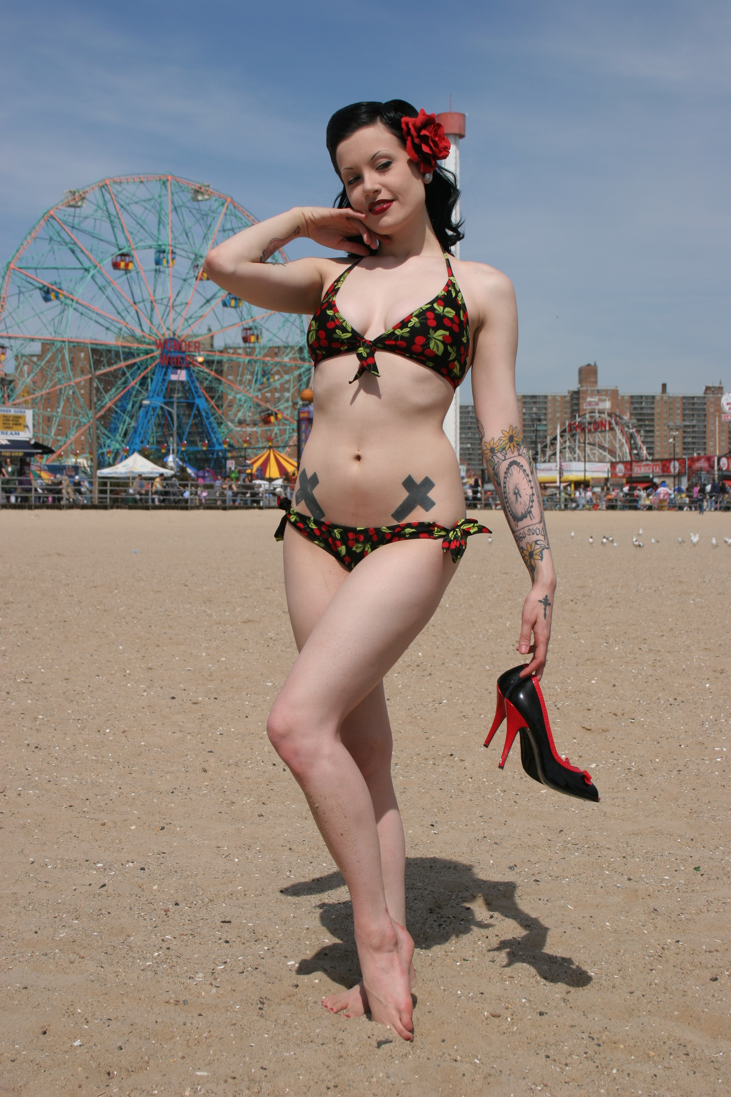 Keywords: sexy shoes heels pinup new york coney island pin up red shoes high